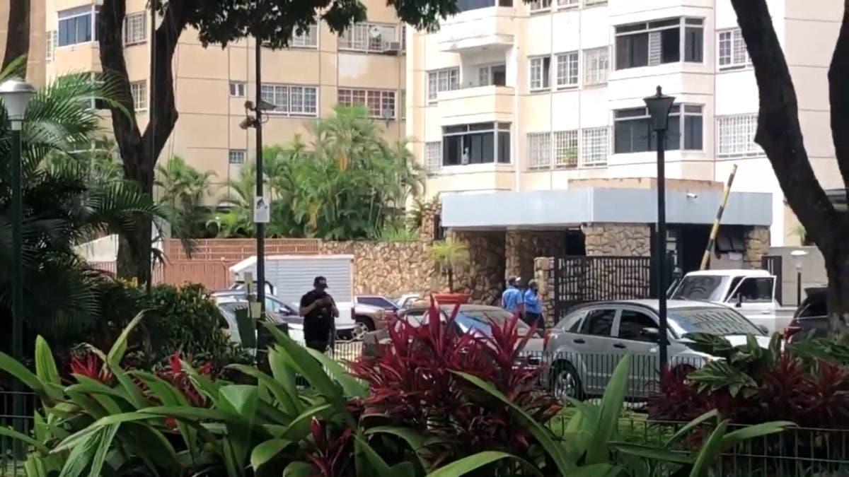 Video: Intentan detener al opositor venezolano Juan Guaidó