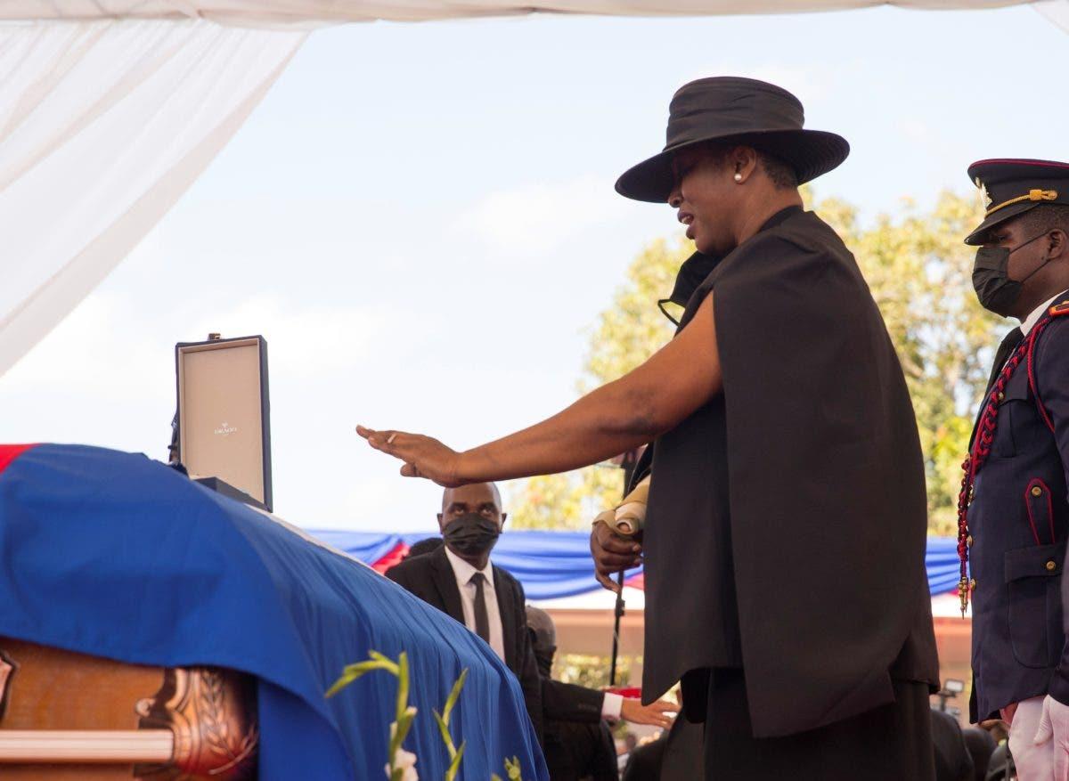 Haití: Sepultan al asesinado presidente  Jovenel Moise