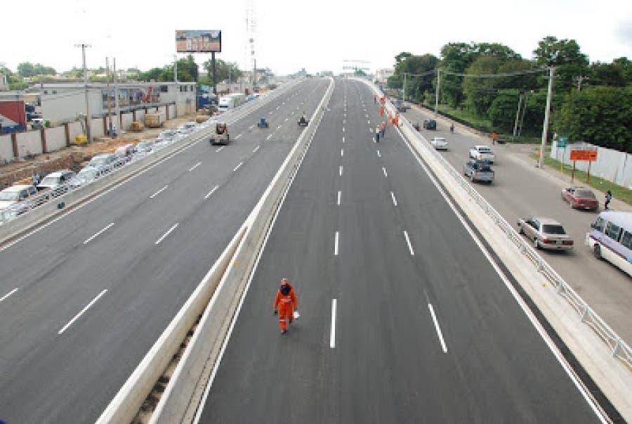Obras Públicas cierra a partir de esta noche túneles y elevados del Gran Santo Domingo