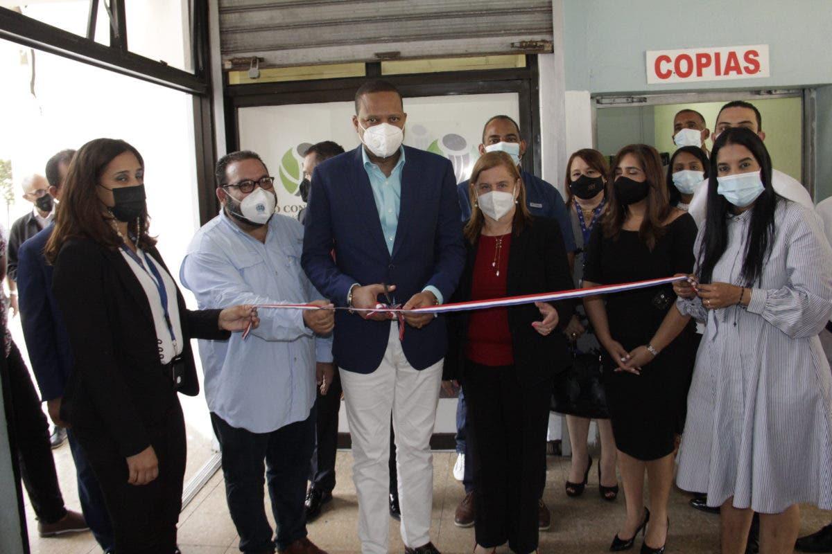 Eddy Alcántara dice Pro Consumidor abre nuevas oficinas para frenar abusos contra consumidores