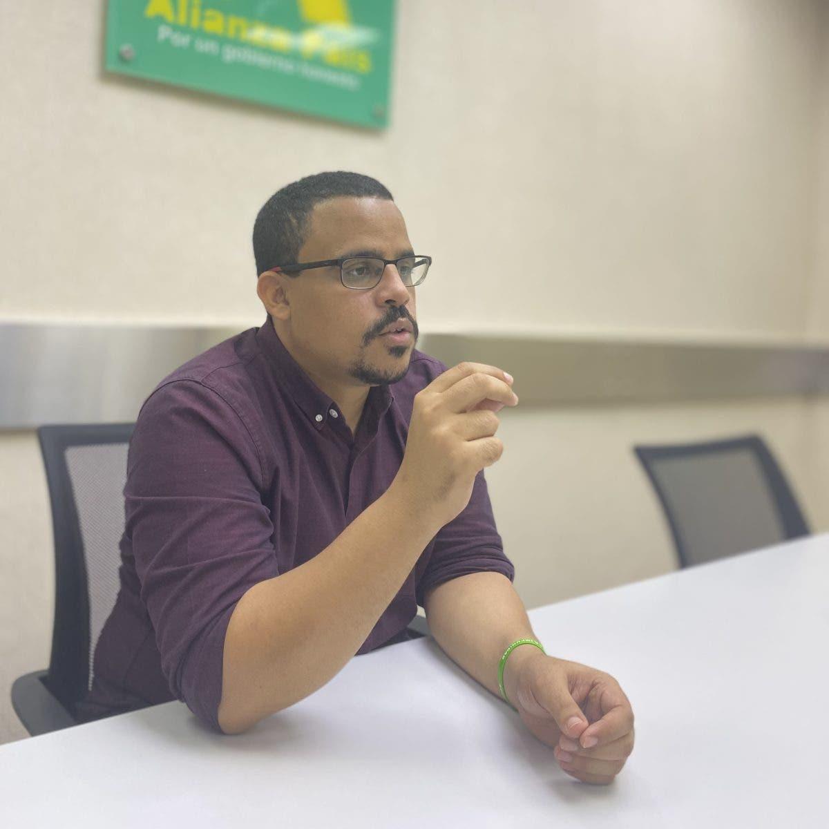 Dirigente de ALPAIS afirma que el cambio parece una ruta hacia el pasado
