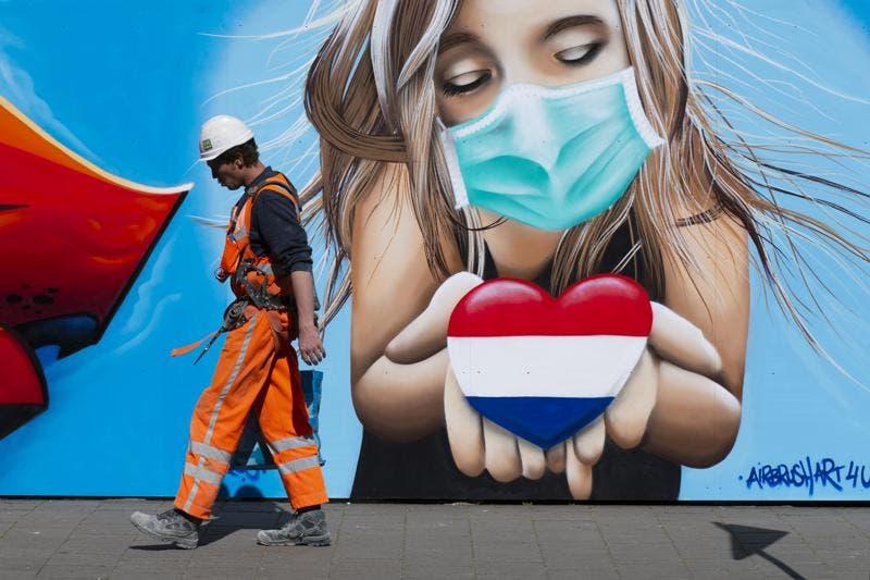 Holanda endurece normas COVID-19 para vacacionistas, cancela festivales de verano