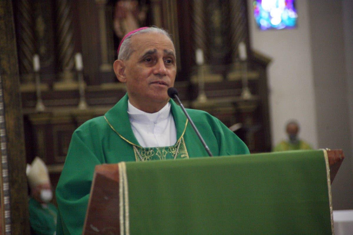 Obispo Freddy Bretón confía justicia no defraude al pueblo en procesos por supuesta corrupción