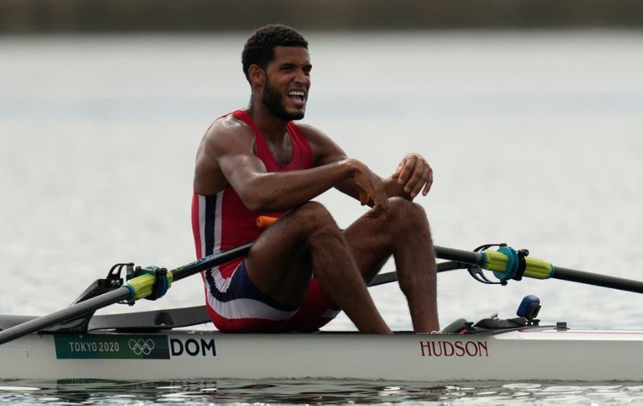 El remero Vásquez Jorge gana su última competición en los Juegos Olímpicos
