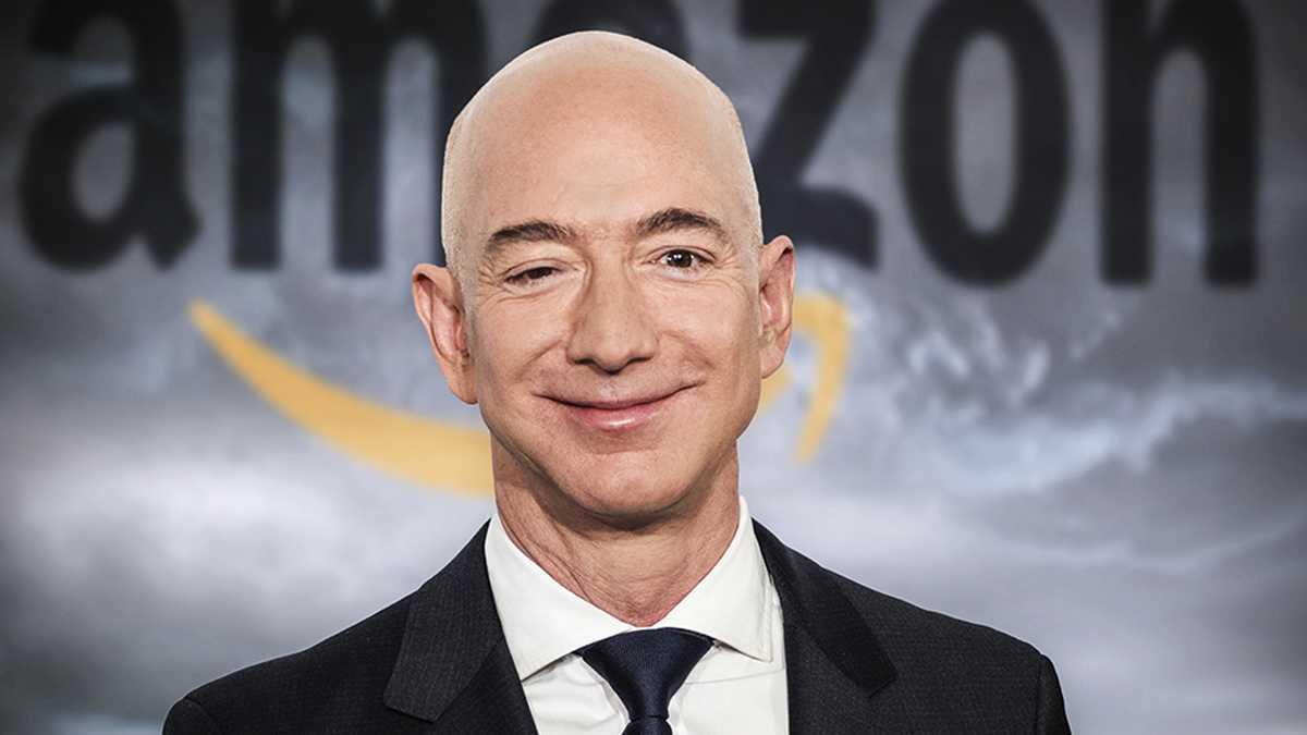 Jeff Bezos ofrece a la NASA incentivos a cambio de contrato para regreso a la Luna