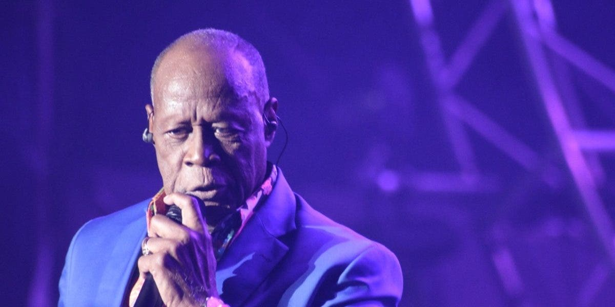 Federación taxistas de NY llama no escuchar música Ala Jaza por comentarios sobre Johnny Ventura