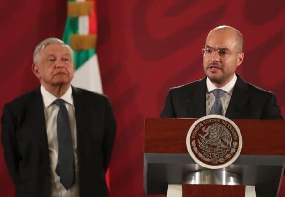 Video muestra a otro hermano de López Obrador recibiendo dinero sospechoso