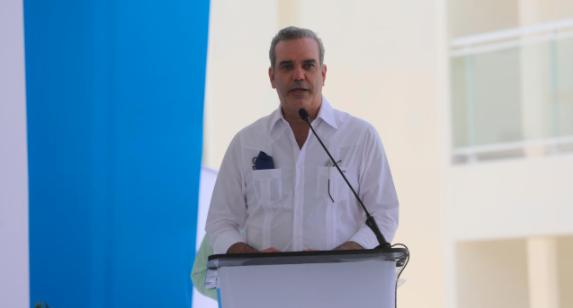 Presidente Abinader viajará este viernes a Cotuí; sábado y domingo a SFM y Santiago