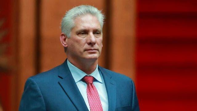 Presidente cubano culpa a EE. UU. del ataque contra su embajada en París