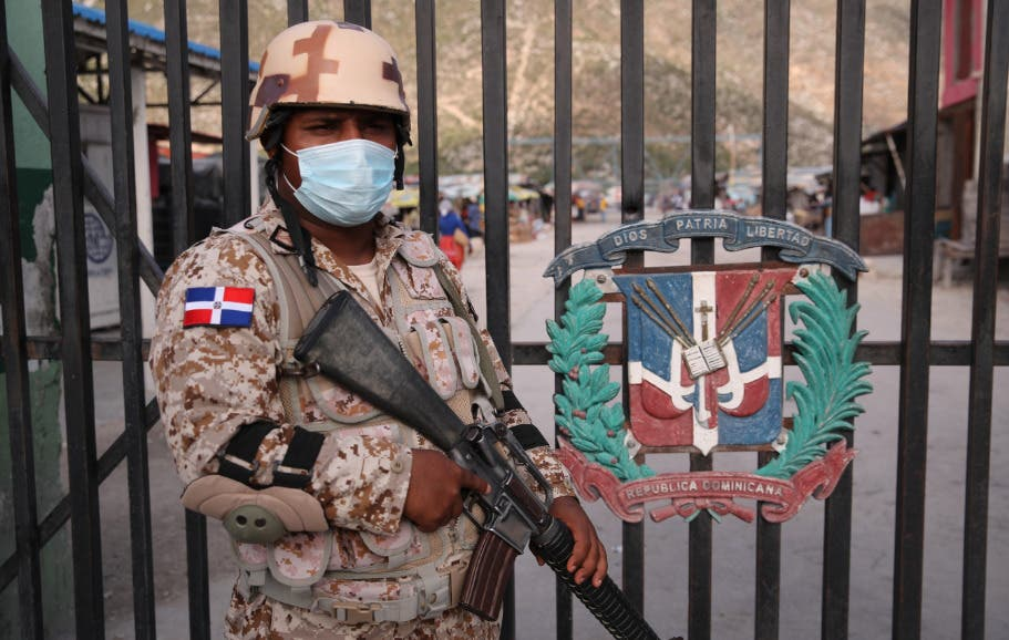 Haití expresa preocupación por deportaciones de migrantes desde República Dominicana