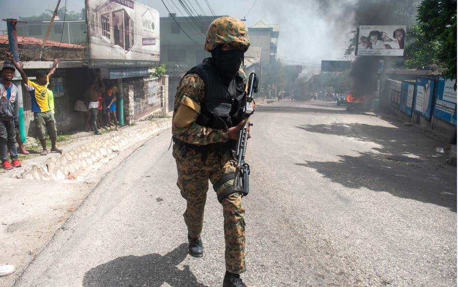 Haití arresta a 2 haitiano-estadounidenses por muerte de Moïse