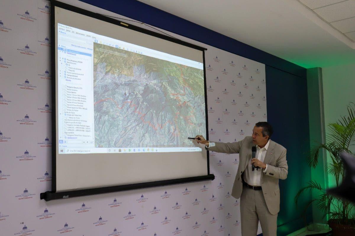 Medio Ambiente detalla acciones para presentar solución integral a productores respetando resolución sobre Valle Nuevo