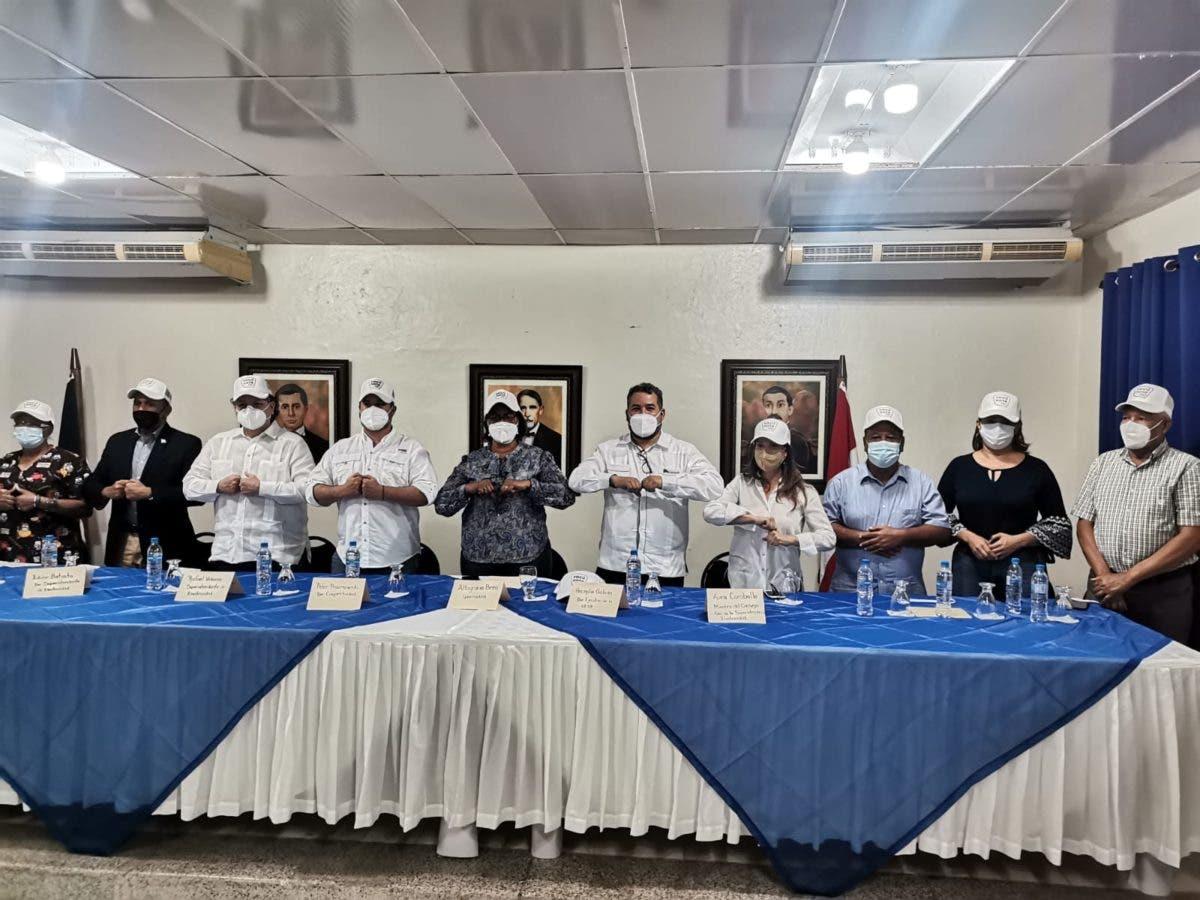 Pedernales acelera ritmo de inoculación contra COVID; pasa del puesto 11 al 3 en jornada nacional
