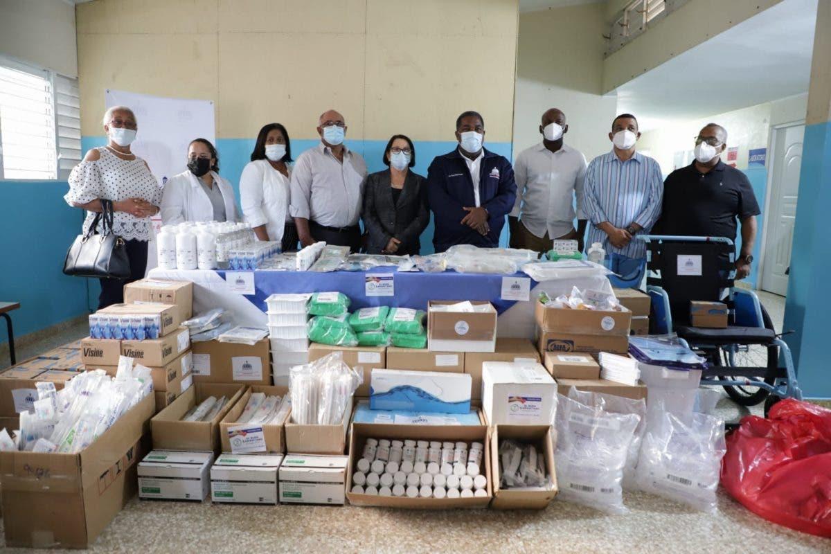 Gabinete de Política Social entrega 30 millones de pesos en medicamentos en  Montecristi y Santiago Rodríguez