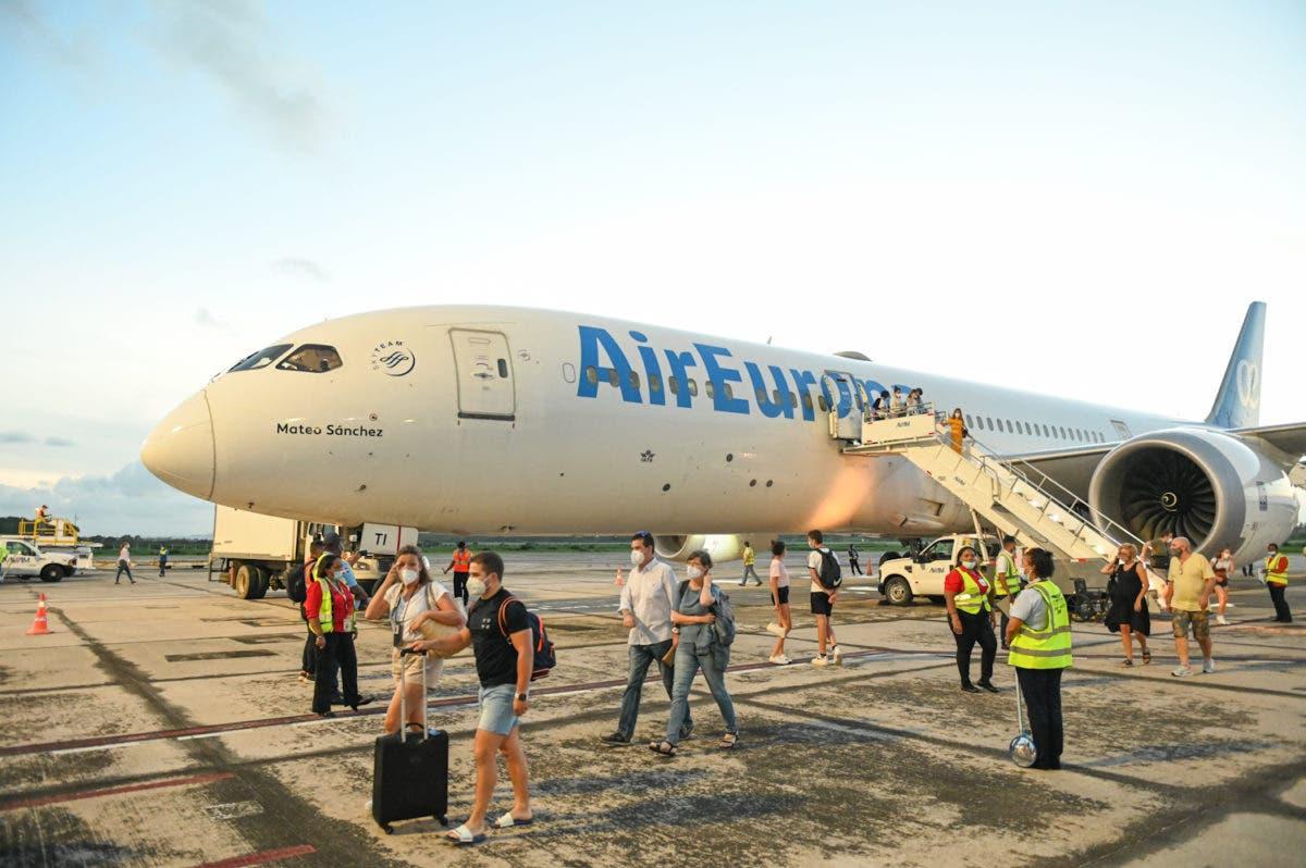 La aerolínea que conecta por primera vez a Madrid-Samaná