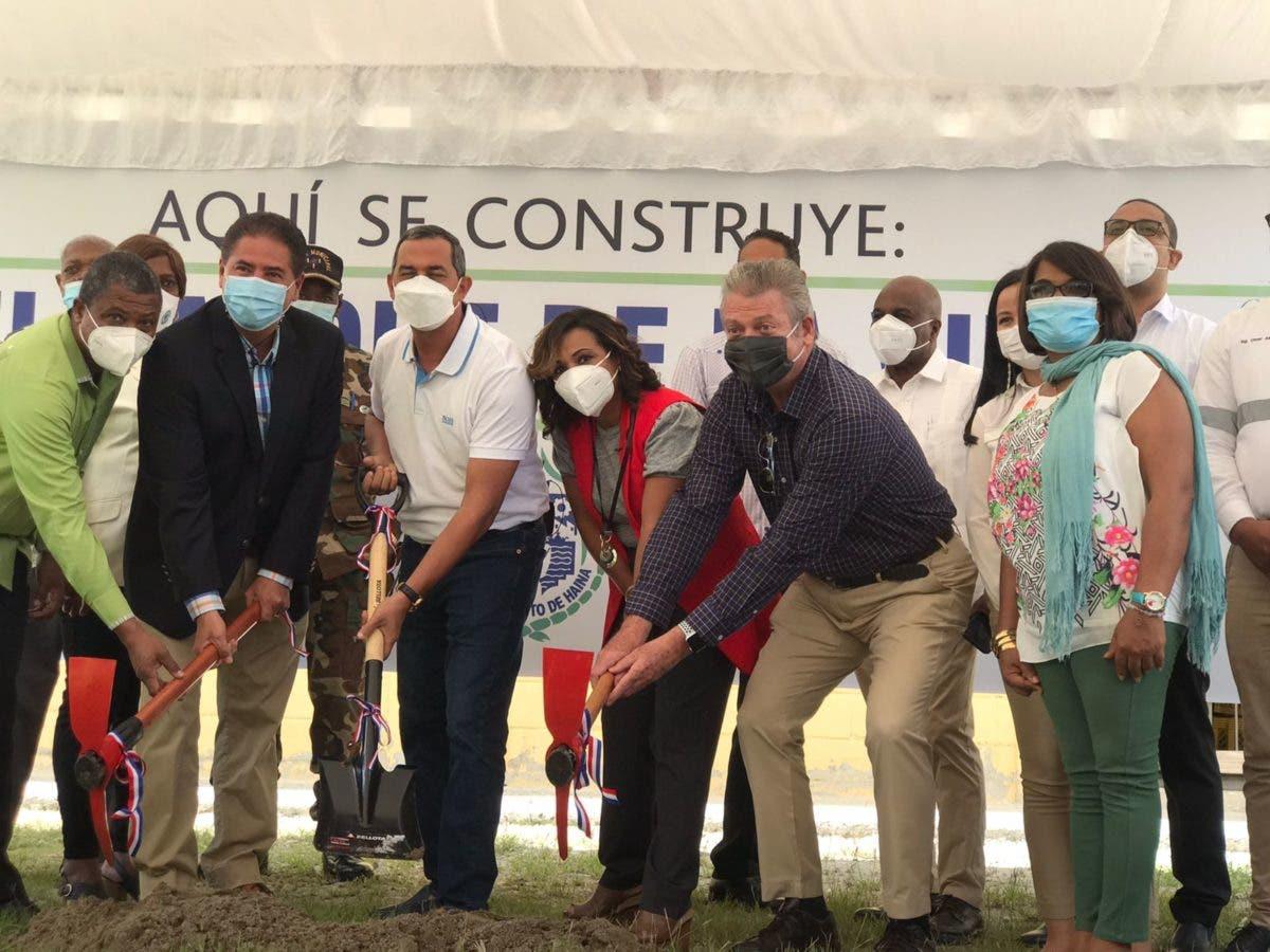 Inician construcción de parque ecológico en antiguos terrenos de vertedero de Haina