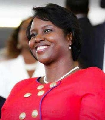 """La condición de la primera dama de Haití es """"estable, pero crítica»"""