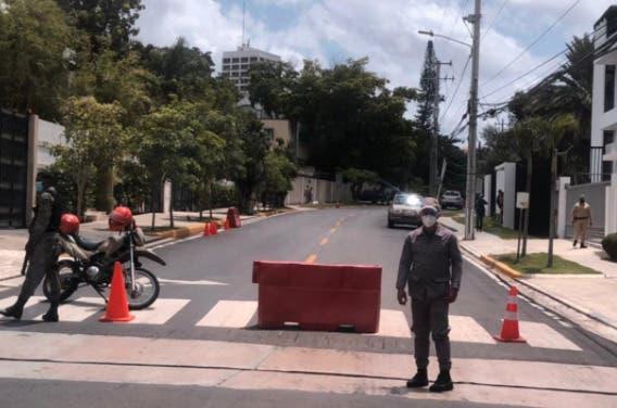 Refuerzan vigilancia en residencia Luis Abinader tras asesinato Jovenel Moïse