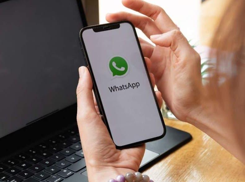 Cómo activar el 'modo zurdo' para WhatsApp, Telegram o Facebook Messenger