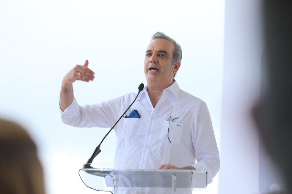 Abinader dice Gobierno busca consolidar turismo dominicano en primeros puestos del mundo