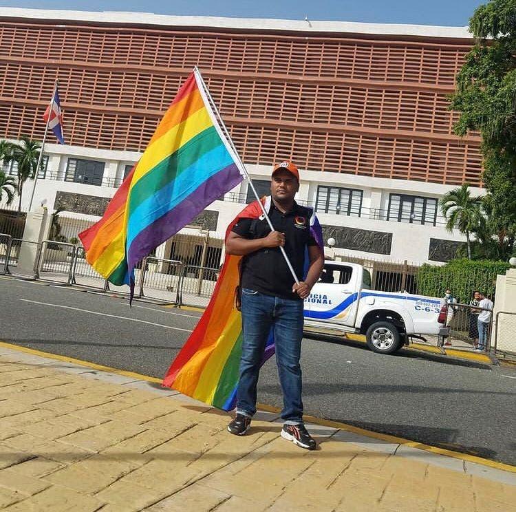 Presidente Voluntariado LGBT: «Pagamos impuestos, pero Código   manda a prácticamente nos maten»