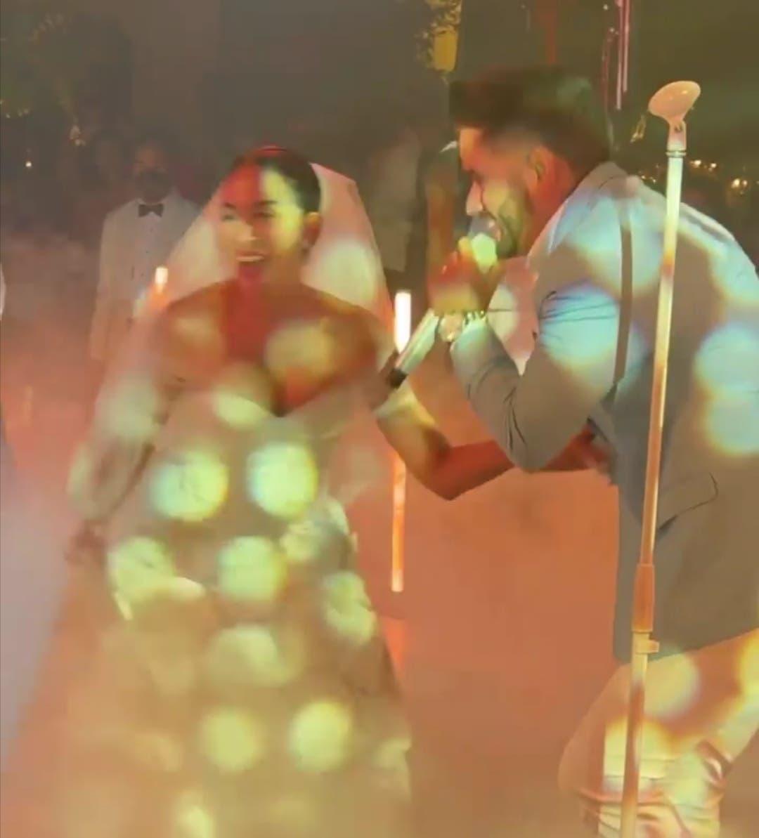 La sorpresa que le dio Manny Cruz a Gaby Desangles en su boda