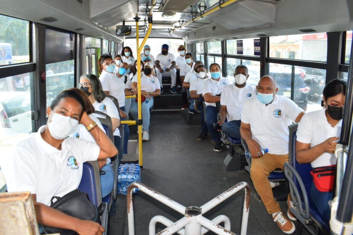 Personal de Pasaportes se suma de manera voluntaria a la Jornada de Vacunación de SDE