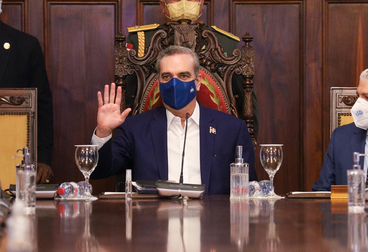 Luis Abinader encabeza Consejo de Gobierno en el Palacio Nacional
