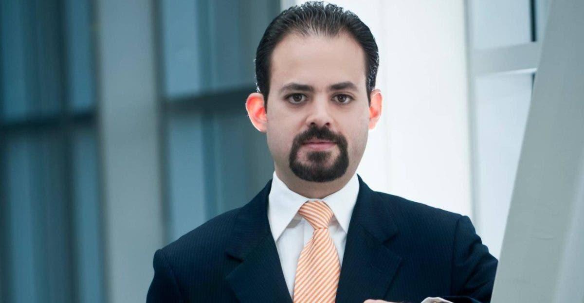 Presidente Cámara de Comercio de Santiago se opone a entrega de 30 % fondos de pensiones