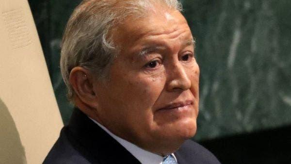 El Salvador: Ordenan capturar al expresidente Sánchez Cerén por lavado de activos