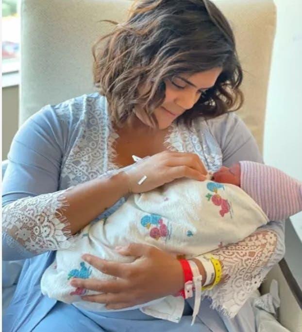VIDEO   Francisca revive los momentos más especiales de su embarazo cantando «Nueve meses» de Mario Domm