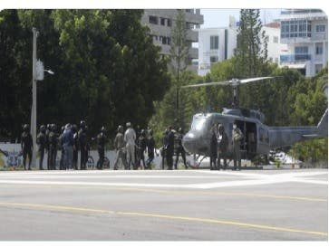 Varios helicópteros salen desde Ministerio de Defensa dominicano hacia frontera con Haití
