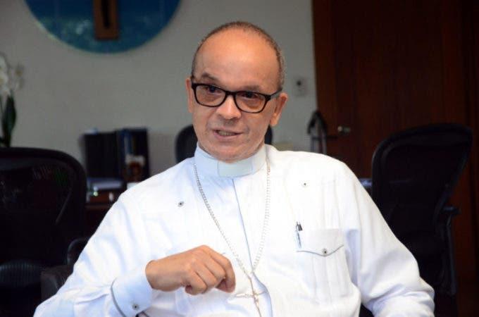 Monseñor de la Cruz Baldera ve necesario el diálogo con los que están a favor y en contra del aborto y de la comunidad LGBT