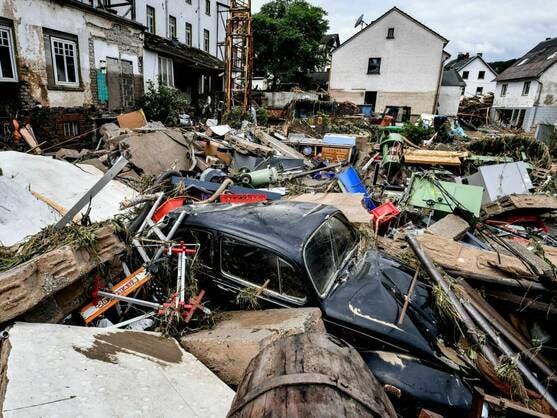 Varios muertos por el derrumbe de casas en zona de inundaciones en Alemania