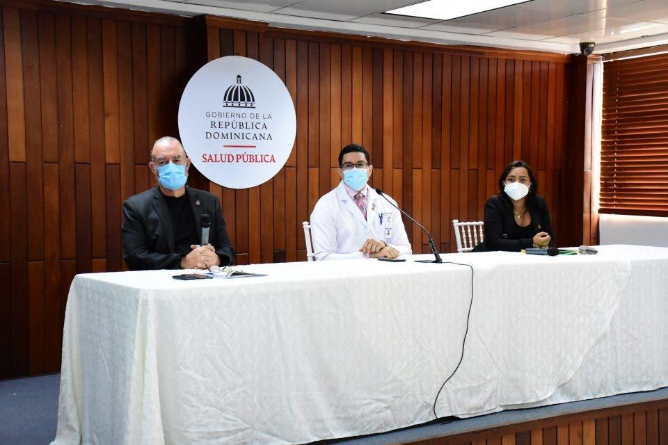 Ministerio de Salud llama casi diario al CDC para saber si variante delta circula en el país