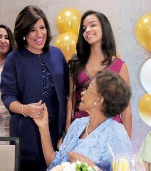 Margarita Cedeño pide al «Dios de los milagros» acompañar a su suegra a luchar por su vida