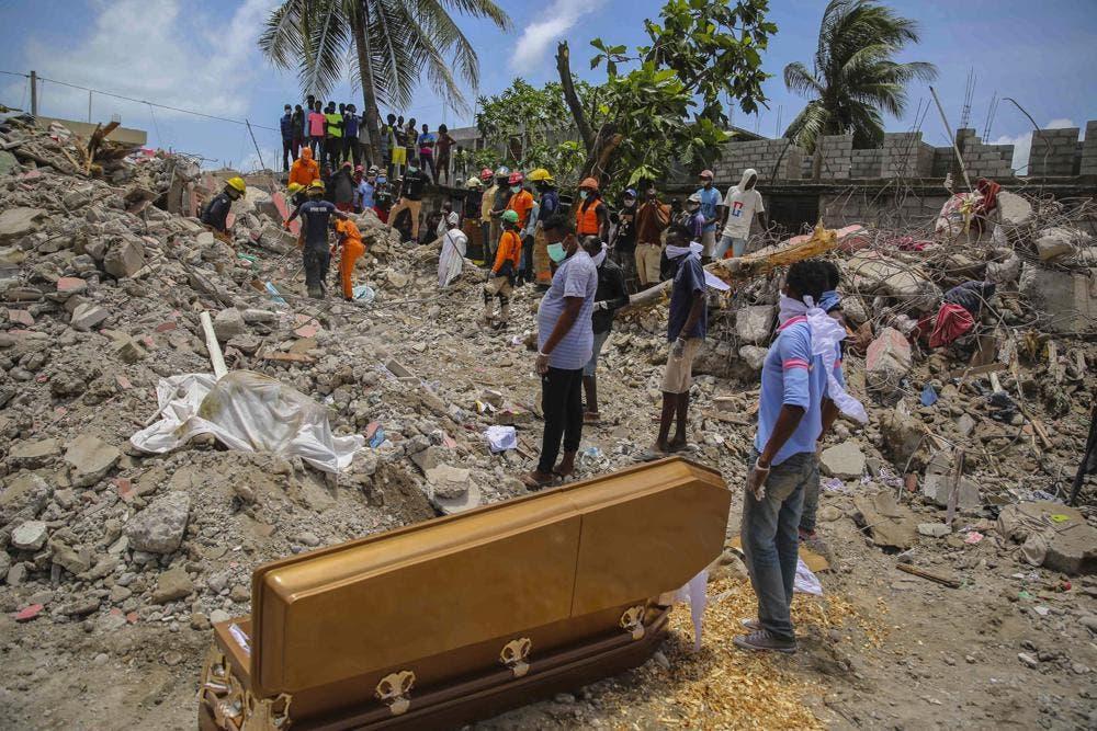 La estrecha relación entre los vivos y los muertos en Haití