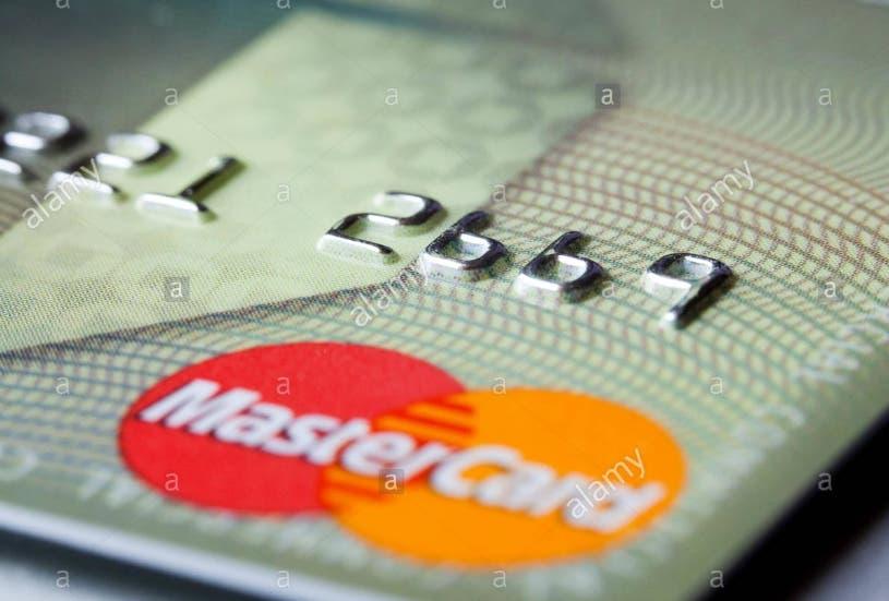 Mastercard busca eliminar tarjetas banda magnética