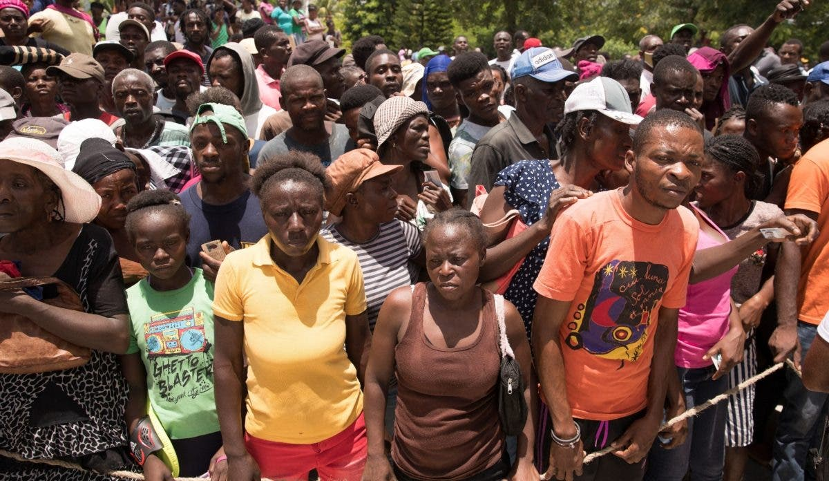 Hambre agudiza tragedia haitiana tras fuerte sismo