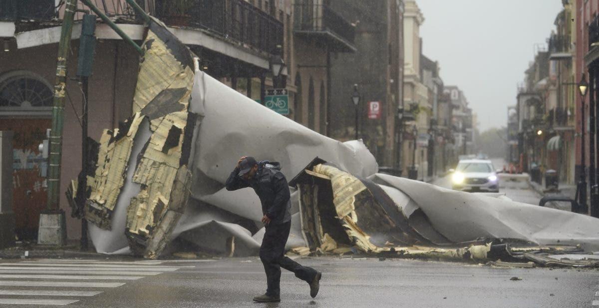Huracán Ida se ralentiza Luisiana y crece peligro