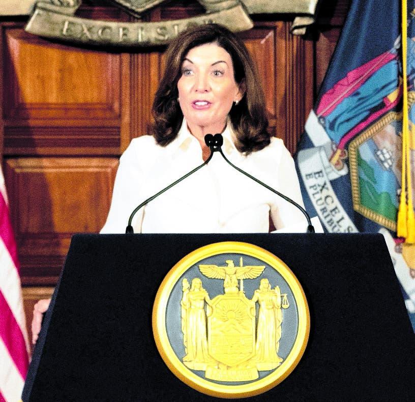 Kathy Hochul asume como gobernadora de Nueva York