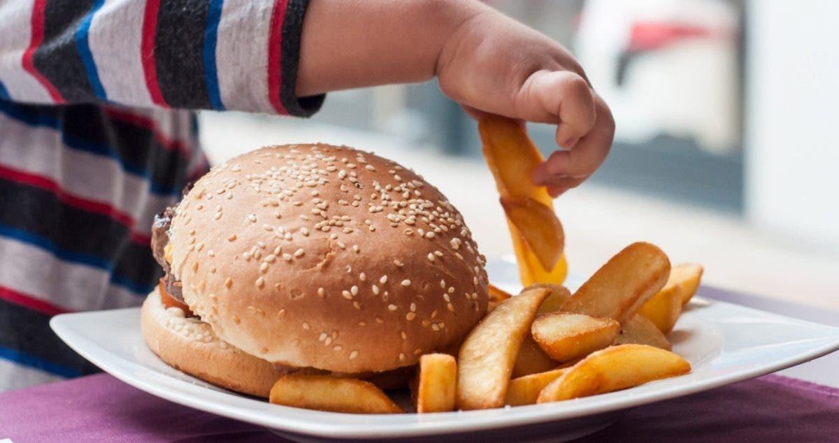 Niños hipertensos, con hígado graso y diabetes, resultados de la pandemia