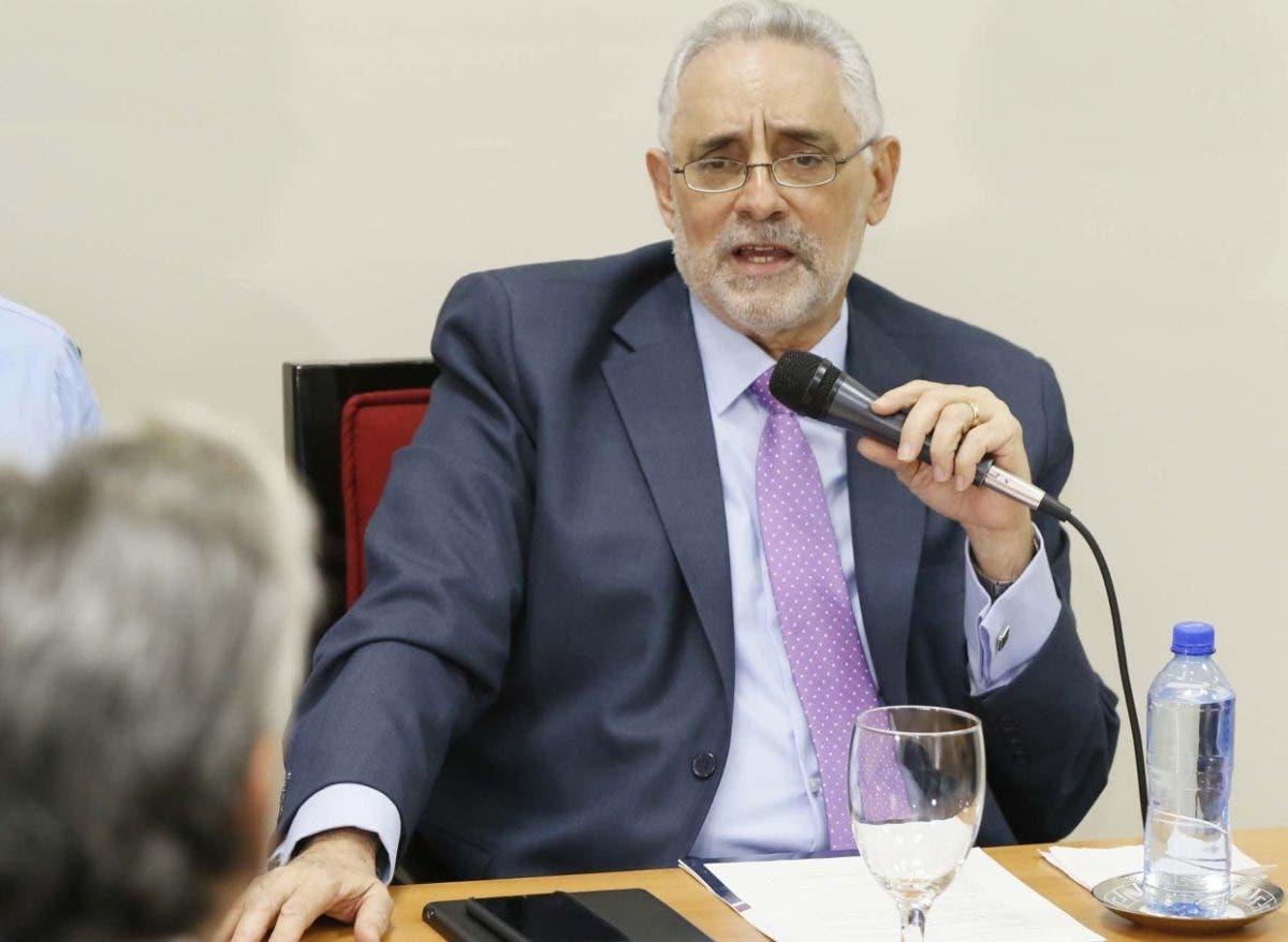 Vitelio Mejía es reelecto por dos años más en Lidom