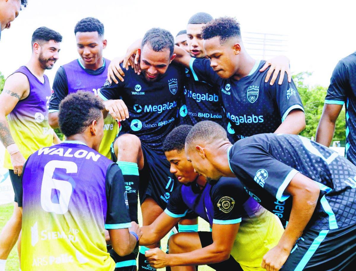 El Atlético de Pantoja lidera Liguilla y la O&M vence al Cibao FC en Liga de Fútbol