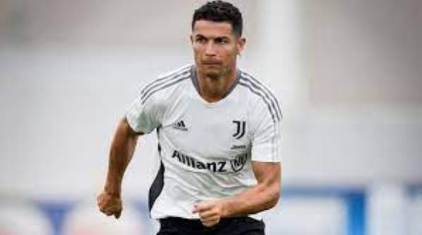 Comentarios. Está enfadado; Cristiano molesto lo liguen al Madrid