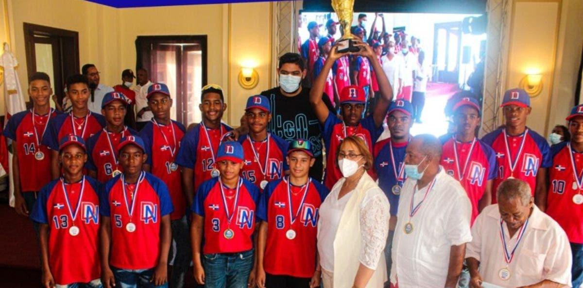 La Pony Béisbol premia más destacados torneo Latin American Classic