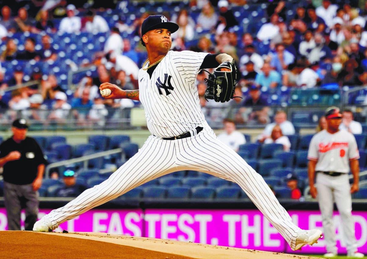 Luis Gil impresiona con los Yankees en su debut en Grandes Ligas