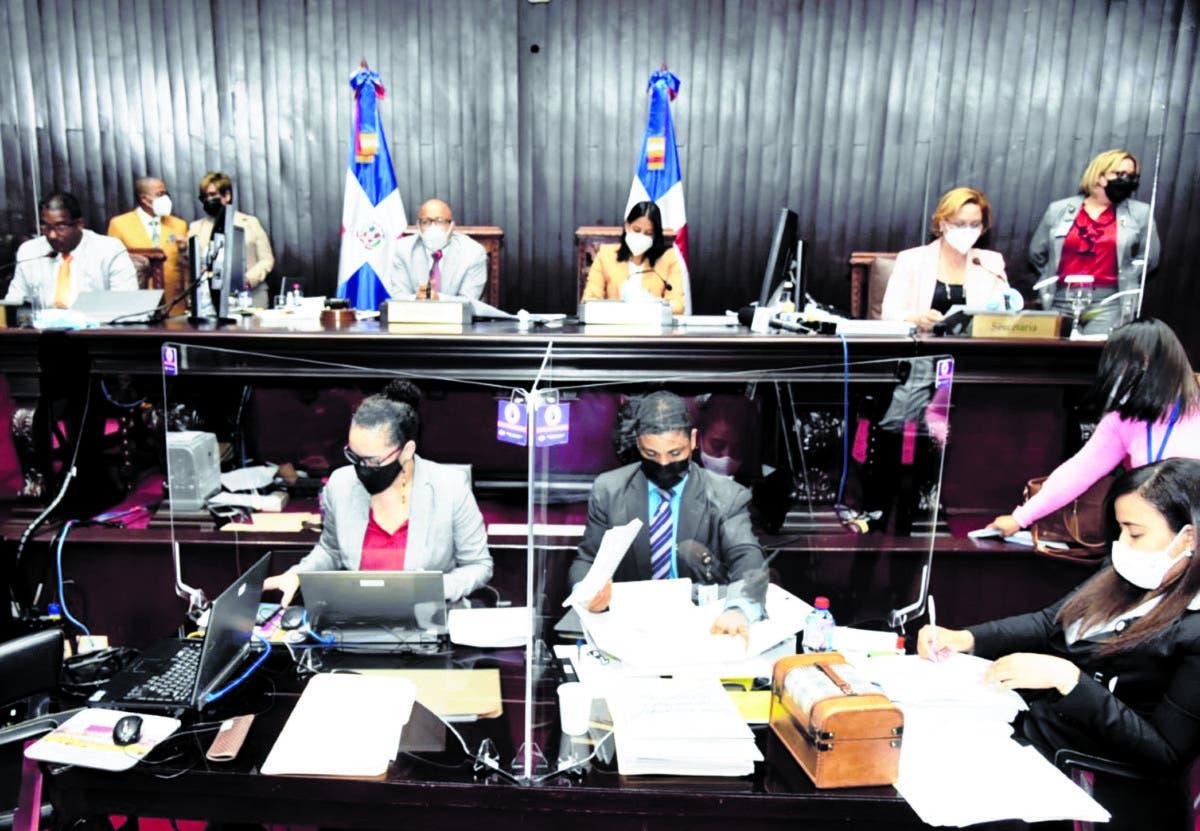Diputados aprueban 45 días de emergencia; Senado aplazó
