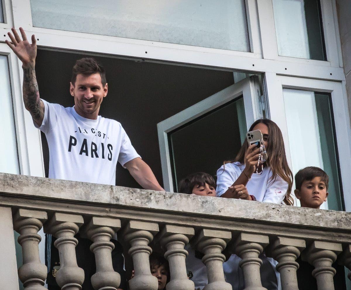 Barcelona llora por Messi y se siente alegría en Francia