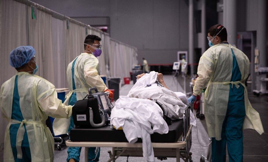 Covid desata ola de hospitalizaciones en EEUU